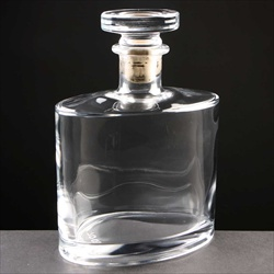 Claret Decanter - Glass Engravers Directory