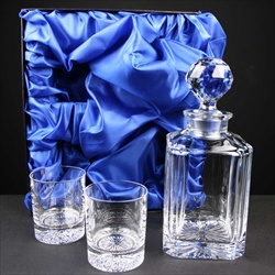 Decanter Set in satin box, for engraving.