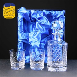 Cut crystal Decanter Set, for engraving.
