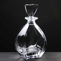 The Laguna Port Decanter, for Port Wines.